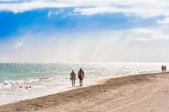 VARADERO, MATANZAS, CUBA - 18 DE MAIO DE 2017: Vista do Sandy Beach Foto de Stock