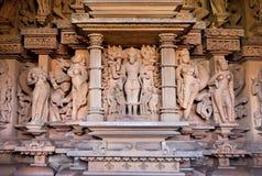 Varaha avatar av Vishnu skulptur inom av templet i Khajuraho, Madhya Pradesh i Indien fotografering för bildbyråer