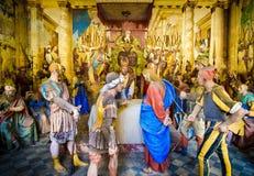 Varallo postaci przedstawicielstwa biblijny presepe Sanhedrin próba Jezus przy Caiaphas trybunałem obrazy royalty free