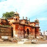 Varanasi die ghat baden Stock Afbeelding