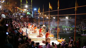 VARANASI, INDIA - MAY 2013: Night praying ceremony, ganges river Stock Photography