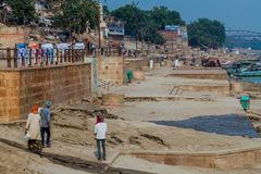 VARANASI, INDIA - OCTOBER 25, 2016: View of a Ghat riverfront steps of sacred river Ganges in Varanasi, Indi. A stock photos