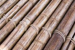 Varas de bambu com uma corda Imagens de Stock
