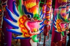 Varas de Joss coloridas do chinês fotos de stock royalty free