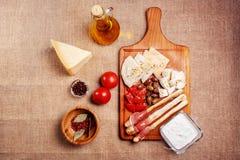 Varas de pão com carne curada prosciutto Imagens de Stock