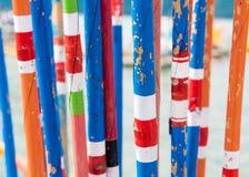 Varas de pesca de bambu tradicionais coloridas Fotos de Stock Royalty Free