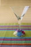 Varas do vidro e do cocktail de Martini imagem de stock royalty free