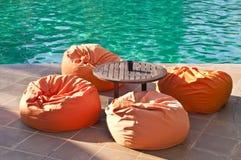 Vardagsrum av en simbassäng Royaltyfria Bilder