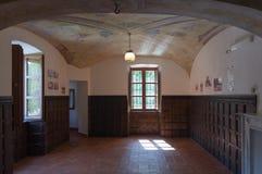 Vardagsrum av ett forntida hus Arkivbild