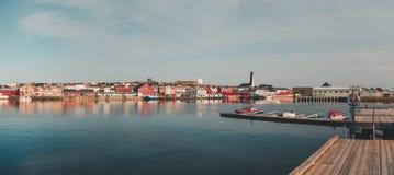 Vardo口岸在一个夏日30 5 2014年,北挪威 图库摄影
