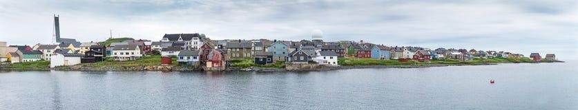 Vardo est une ville sur la côte de la mer de Barents, Finnmark, Norwa photographie stock libre de droits