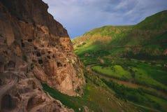 Vardzia古老洞修道院镇在乔治亚 库存图片