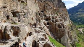 Vardzia ist ein Höhlenklosterstandort in Georgia stockbilder