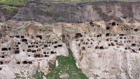 Vardzia ? un sito del monastero della caverna nella Georgia del sud video d archivio