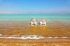 Vare en el mar muerto, un día asoleado en mayo Fotos de archivo