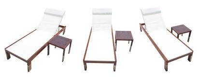 Vare la cama con la tabla de madera en el fondo blanco Imagen de archivo libre de regalías