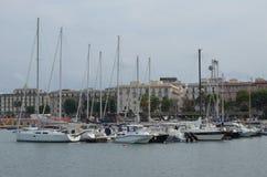 Varende jachten in Alghero Jachthaven, Sardinige, Italië royalty-vrije stock afbeelding