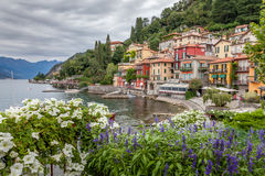 Varenna auf dem See Comos - Italien Stockbild