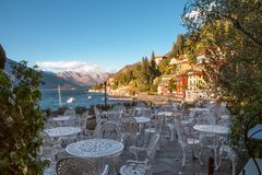 Varenna by, Como sjö, Italien royaltyfria foton