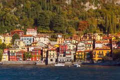 Varennadorp, Como-meer, Italië Royalty-vrije Stock Foto's