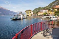 Varennadorp in Meer Como, Italië royalty-vrije stock afbeelding