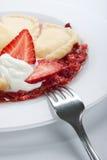 Varenyky avec de la sauce à fraise photo stock