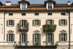 Varese Italia: facciata del palazzo storico Fotografia Stock