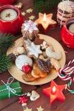 Variété de biscuits de Noël images libres de droits