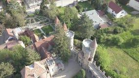 Variété de Bory, château gracieux construit par un homme Bory Jeno dans le Szekesfehervar, Hongrie banque de vidéos