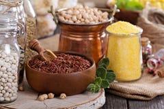 Variété de grains et de haricots Image libre de droits