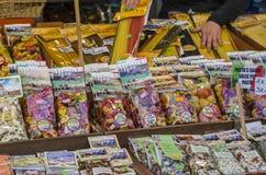 Variété de pâtes sur la stalle Images stock