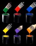 Variété de peintures et de balai Images stock