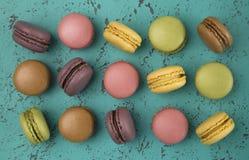 Variété de saveurs de Macarons de Français image libre de droits