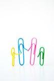 Variété de trombones colorés, de famille d'entretien concept ensemble Photos stock