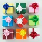 Vari contenitori di regalo di colore Immagini Stock Libere da Diritti