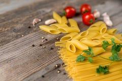 Vari generi di pasta crudi, primo piano Immagine Stock Libera da Diritti