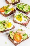 Vari panini aperti danesi Smorrebrod Fotografia Stock Libera da Diritti