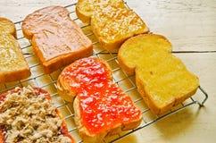 Vari tostano con varia guarnizione Fotografia Stock Libera da Diritti
