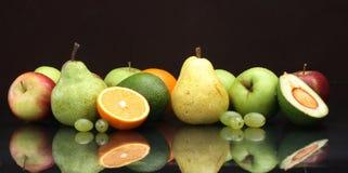 Varia aún-vida de la fruta Imagen de archivo libre de regalías