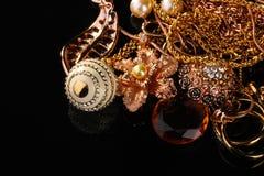 Varia joyería del oro Imagen de archivo