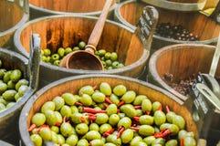 Varianten von Oliven Lizenzfreie Stockfotos