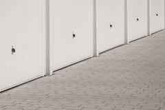 Varias puertas del garaje fotos de archivo