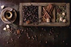 Variatie van koffiebonen Stock Afbeelding