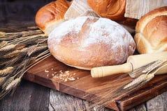 Variation av bröd Arkivfoto