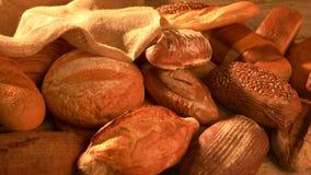 Variation av loaves av bröd arkivfilmer