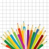 Varicoloured Bleistifte auf einem Hintergrund ein vierwertiges Blatt vektor abbildung