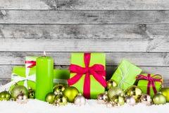 Varie decorazioni per il tema verde di Natale Fotografia Stock Libera da Diritti
