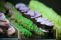 Varie forme del cioccolato originale fatto a mano Fotografia Stock