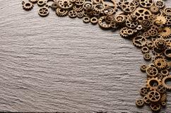 Varie ruote dentate del metallo e ruote di ingranaggio Fotografia Stock