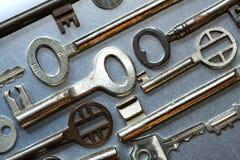 Varie vecchie chiavi della casa Fotografie Stock
